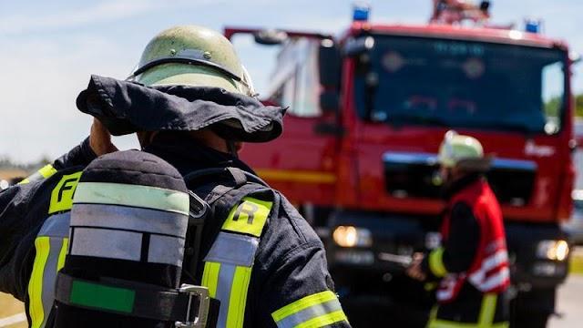 A Népszavához szaladtak a tűzoltók, hogy a kormányra panaszkodjanak