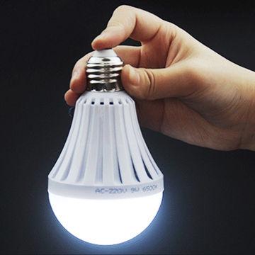 lampu emergency yang bagus dan awet