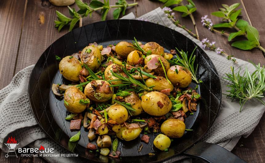Картофель в углях с розмарином