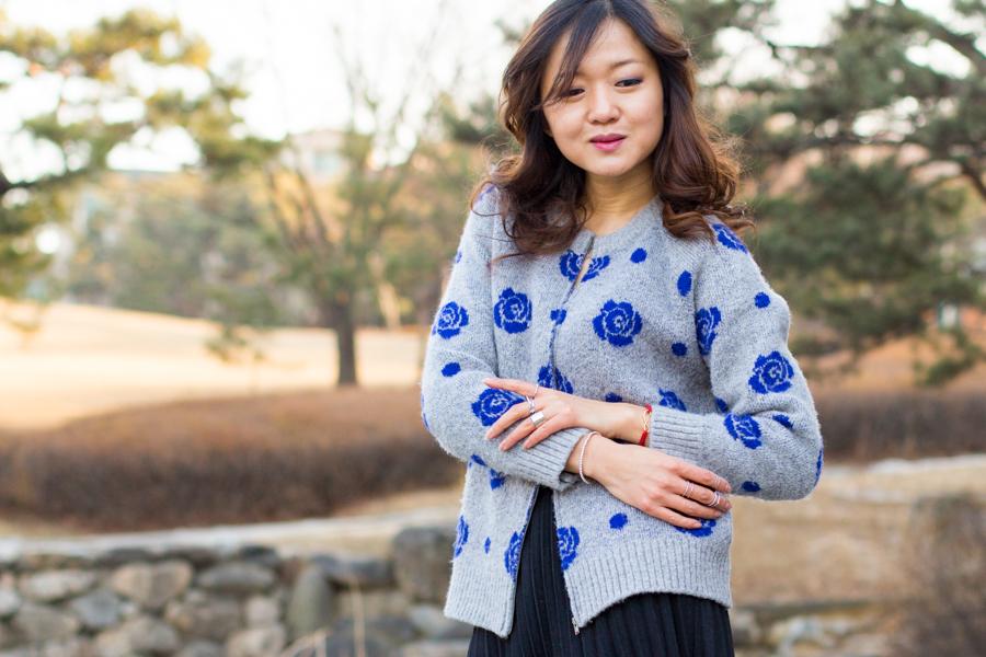 романтический образ, образ для свидания, шерсть, шерстяные изделия, юбка миди, чайная длина, кардиган, корея, сеул