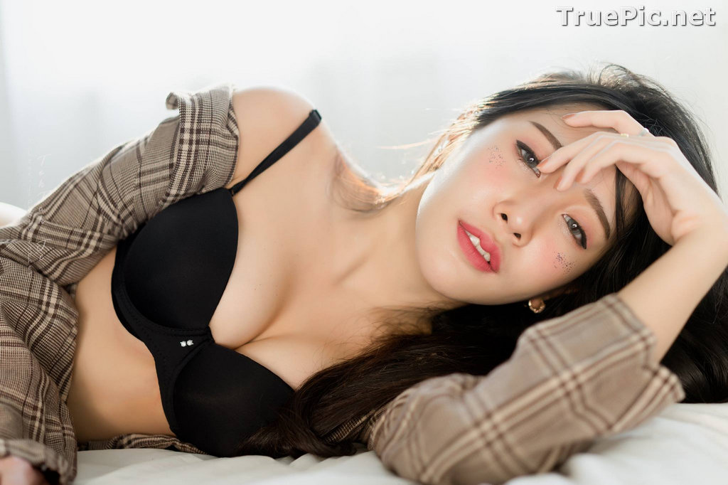 Image Thailand Model - Suneta Ngachalvy - Black Lingerie and Jean - TruePic.net - Picture-18