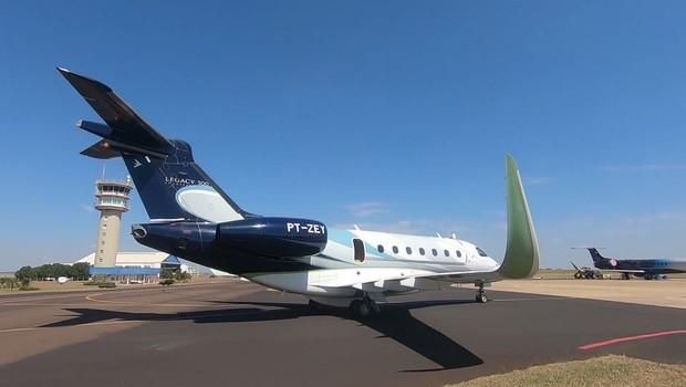 https://epocanegocios.globo.com/Empresa/noticia/2019/10/embraer-faz-o-primeiro-teste-de-aeronave-autonoma-no-brasil.html
