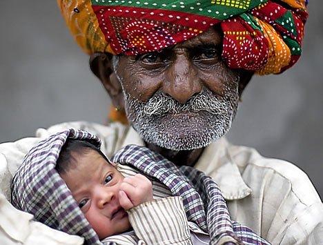Foto do pai mais velho do mundo