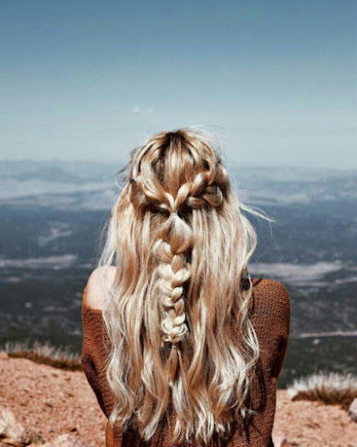 trenzas tumblr con cabello suelto
