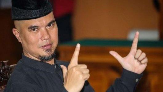 Ahmad Dhani Divonis 1 Tahun Penjara