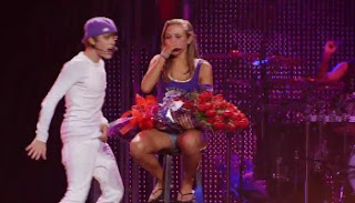 Download Justin Bieber Never Say Never (2011) Dual Audio Full Movie 720p || MoviesBaba 1