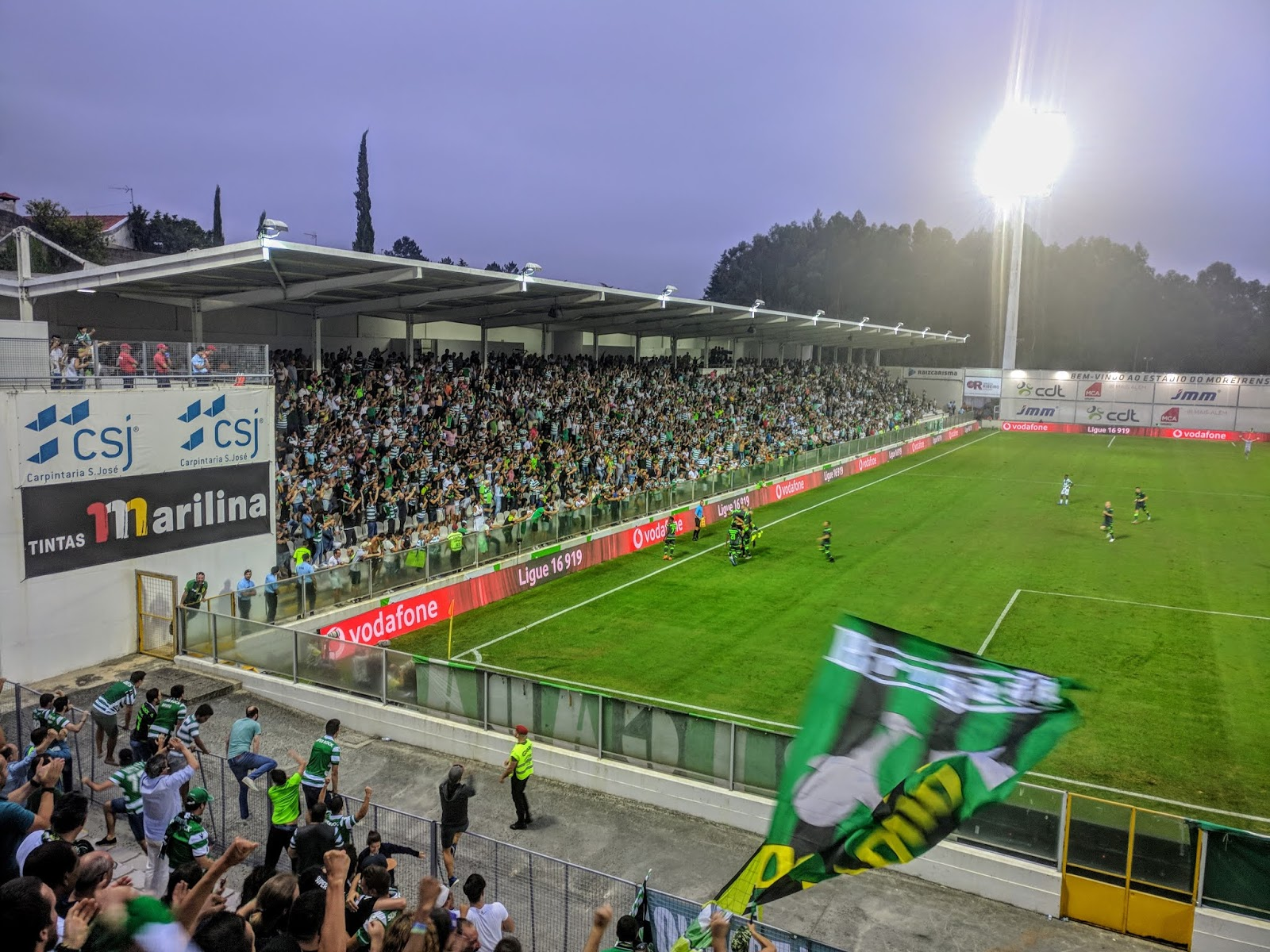 Moreirense 1-3 Sporting    vitória para as bancadas! 1d03b4841a3dd