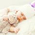Trẻ sơ sinh nằm nghiêng khi ngủ: Rủi ro và lưu ý đi kèm