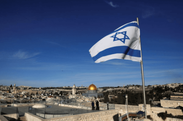 Israel voltará a receber turistas que estiverem vacinados em maio