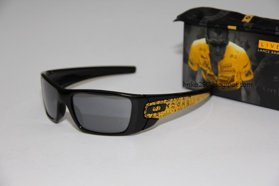 5351193377 oakley FuelCell Livestrong