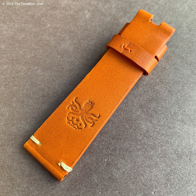 Phoibos Eagle Ray tan strap