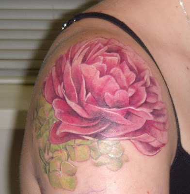 Pinkish-lily-With-Anthers-Tattoo