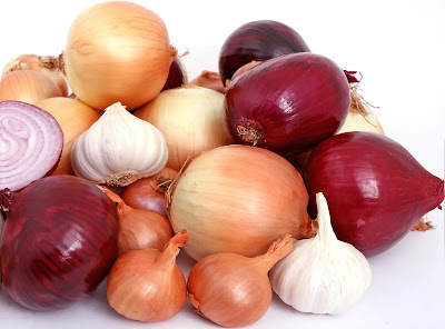 onions-garlic-health-benefits-lose-weight