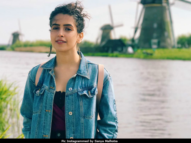 New Hindi Movei 2018 2019 Bolliwood: Sanya Malhotra Upcoming Movies List 2019, 2020 & Release