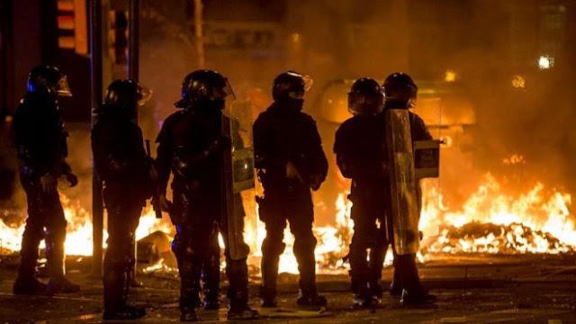 ESPAÑA: Barcelona vive la noche de protestas más violenta; 89 heridos