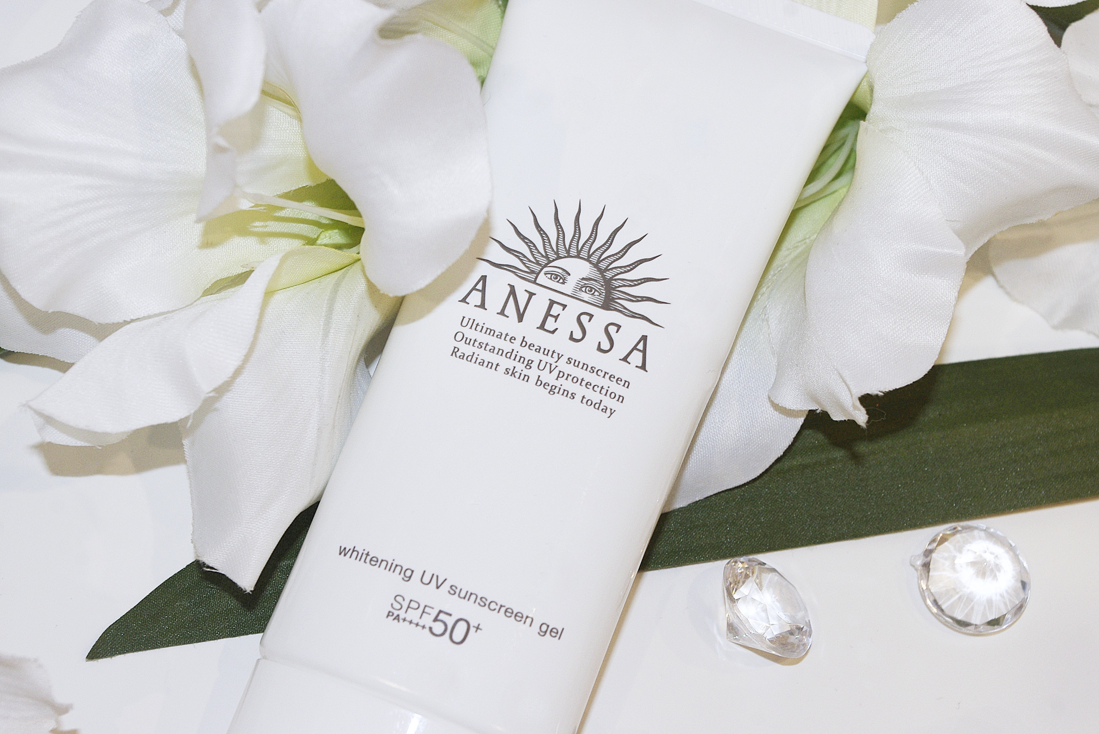 Anessa Whitening UV Sunscreen Gel SPF50+ PA ++++ shiseido