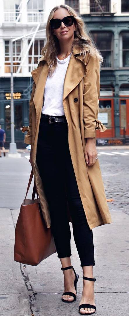 trendy fall outfit idea : nude coat + bag + white t-shirt + skinnies + heels