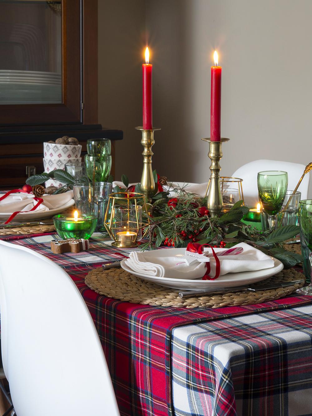Nuestra mesa navideña en cuadros escoceses17