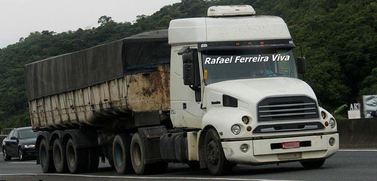 Caminhão mais raro e estranho que roda do Brasil