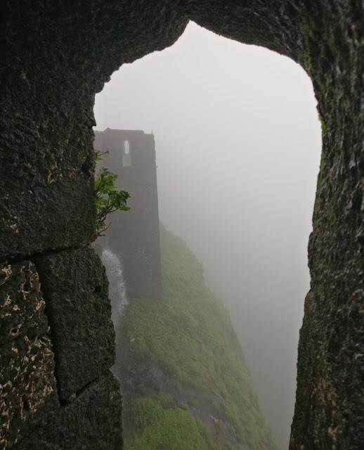 visapur fort trek, visapur monsoon trek