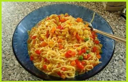 मैगी की सब्ज़ी बनाने की आसान विधि - Maggi Sabzi Recipe in Hindi