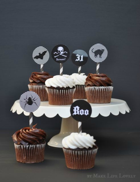 Free cupcake toppers for Halloween