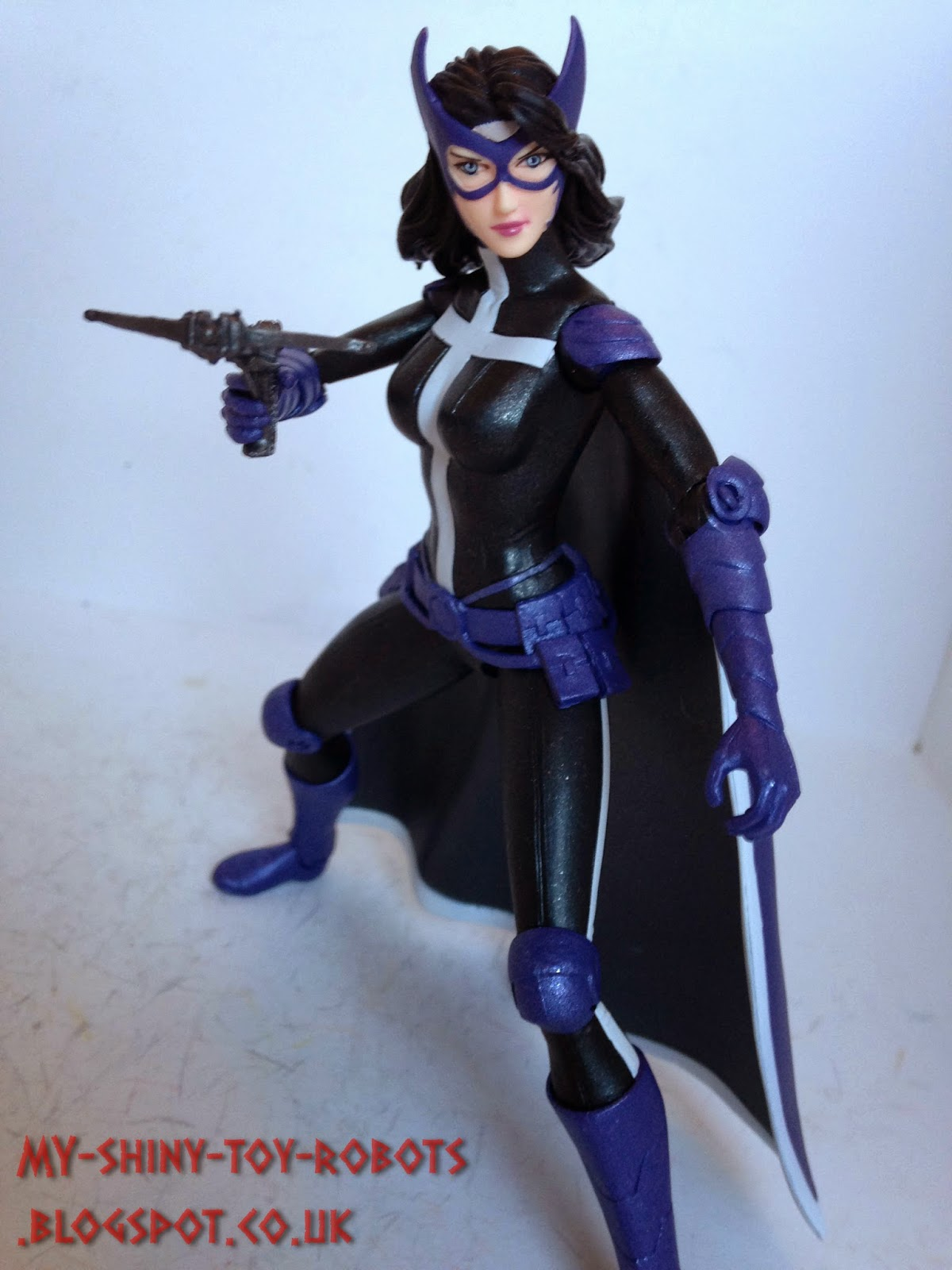More Huntress posing