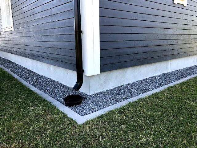 reunakivi, reunakivetys, pihakivi, lakka pihakivi, lakan betoni, kivien asentaminen, ränni, sadevesikaivo, harmaa pihakivi, halpa pihakivi, rakentaminen