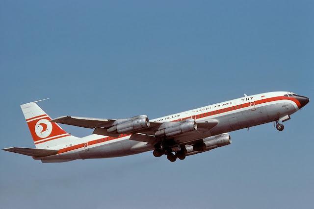 Boeing 707-121(B) TC-JBC Turkish Airlines
