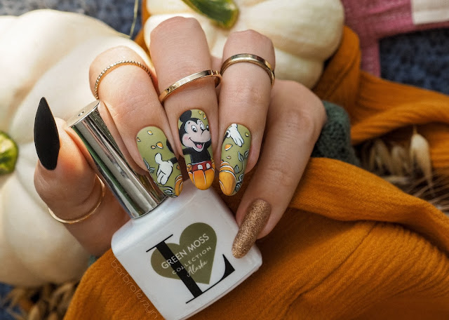 fall disney nails