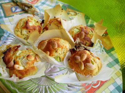rebarbara muffin