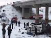 Queda de ônibus em rio deixa mortos e feridos na Rússia
