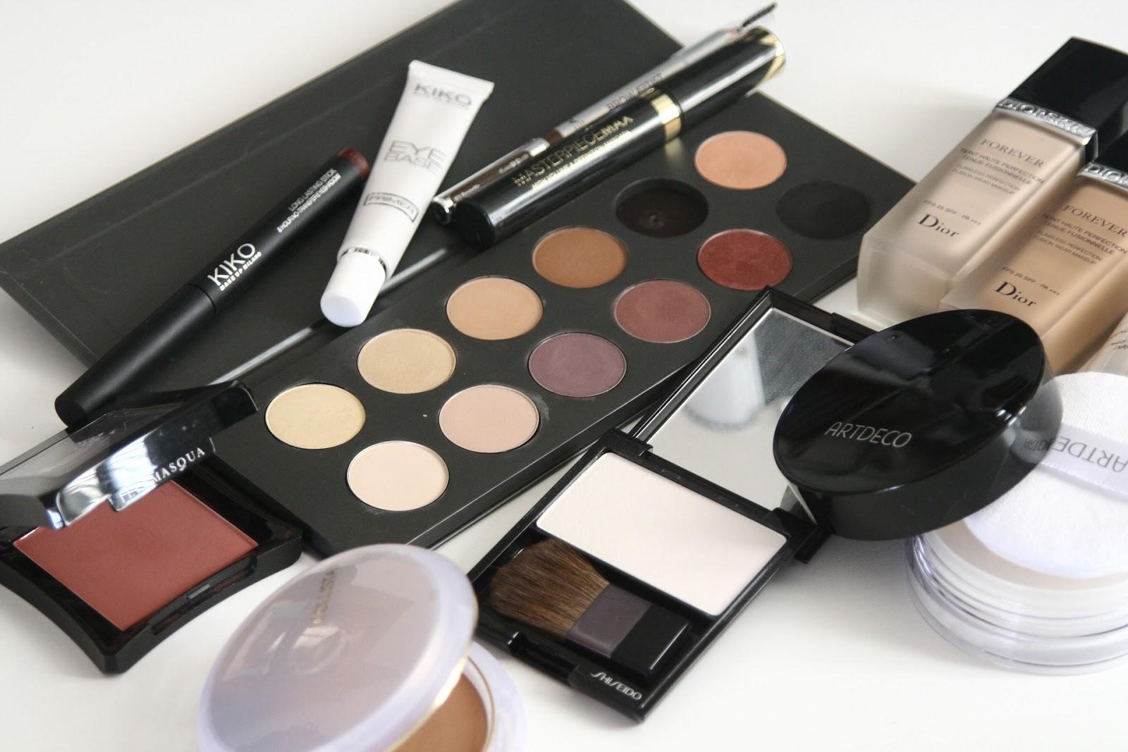 Jak zużyć kosmetyki do makijażu?