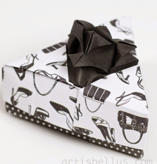 Origami Boxes: Triangular Flower Box | Origami - Artis Bellus