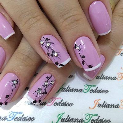 unhas decoradas delicadas rosa
