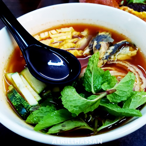 Makan di Uncle Chong's Local Delight