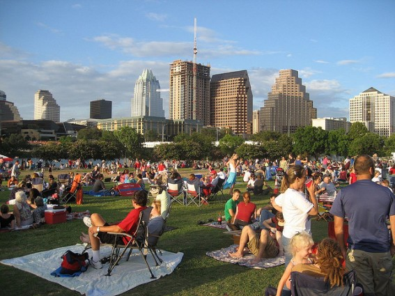 THE LIFESTYLE AND CULTURE OF THE URBAN PEOPLE OF TEXAS
