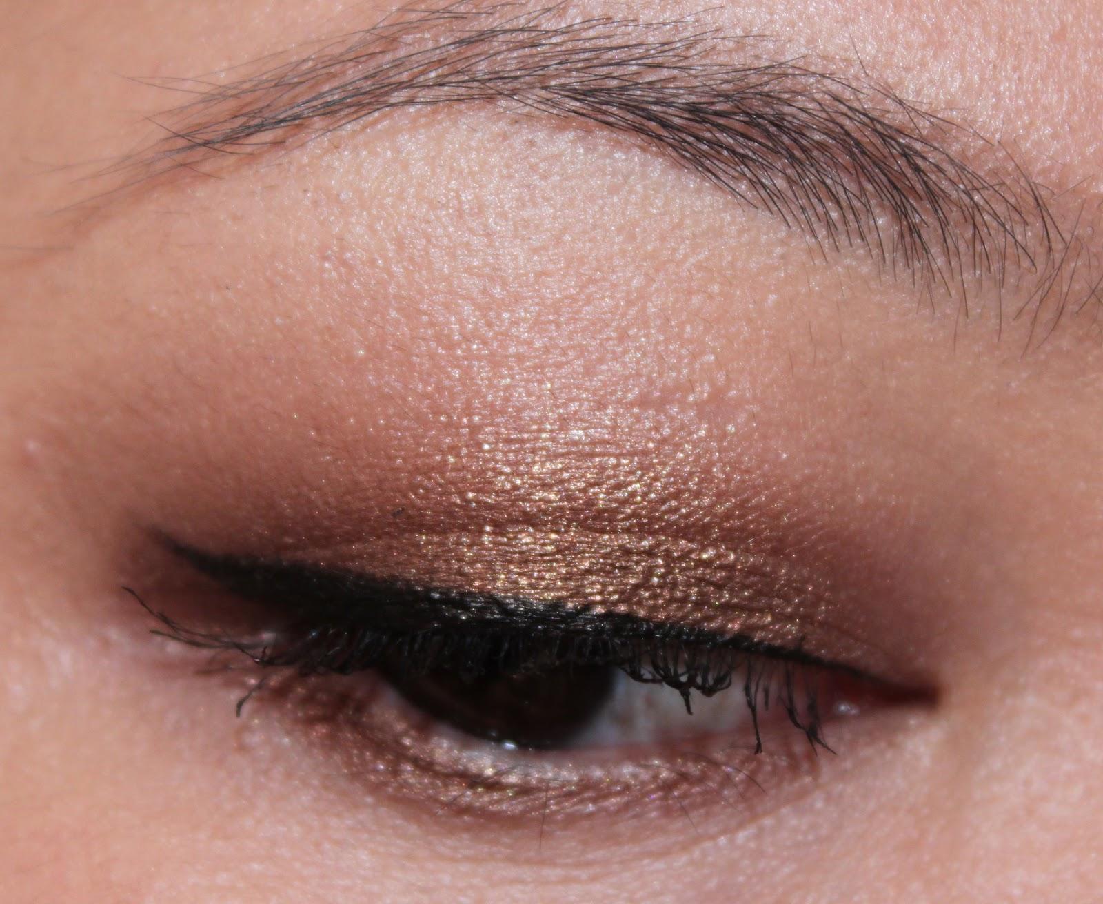 8b1ead782f6 delicate hummingbird.: MAC Tempting eyeshadow.