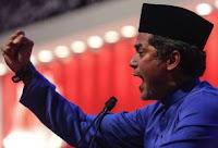 Khairy Gagal Bentuk Jati Diri Anak Muda Sokong UMNO