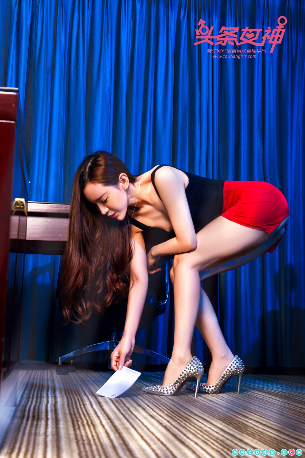 Image TouTiao-2017-12-16-Ai-Xiao-Qing-MrCong.com-008 in post TouTiao 2017-12-16: Người mẫu Ai Xiao Qing (艾小青) (32 ảnh)