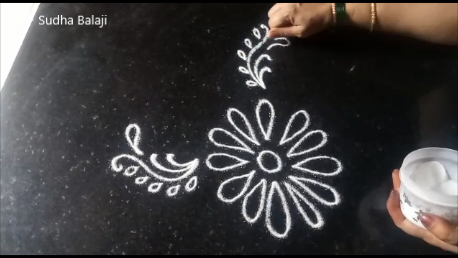 small-free-hand-kolam-pic-1a.png