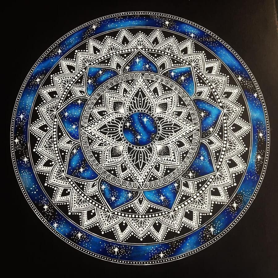 09-Mandala-Designs-Kirsty-www-designstack-co