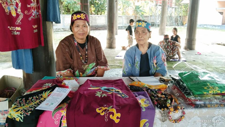 Ini Karya Seni Batik Tulis Motif Khas Dayak Ma'anyan Yang Patut Dikembangkan