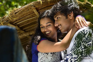 Natchathira-Jannalil-Movie-Stills