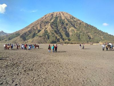 Paket Wisata Bromo Malang Batu 4 Day 3Night