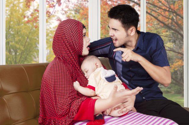 Para Istri, Inilah Beberapa Kebiasaan Buruk Dari Sang Suami Yang Harus Kamu Luruskan