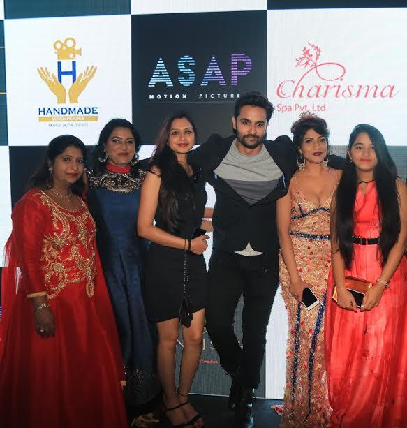 Preeti Soni , Sangeeta Manjhrekar, Ritika, Rishank Tiwari, Iti ,Diksha Soni