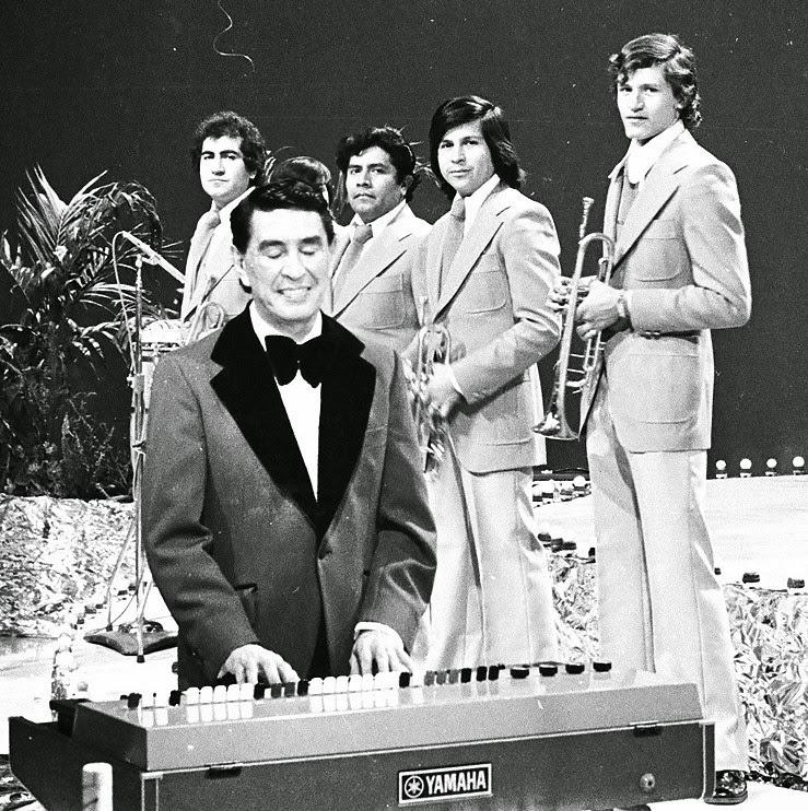 Image result for imágenes del musico pablo berltrán ruiz