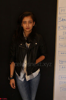 Akshara Haasan spotted at an interview for movie Laali Ki Shaadi Mein Laddo Deewana 009.JPG