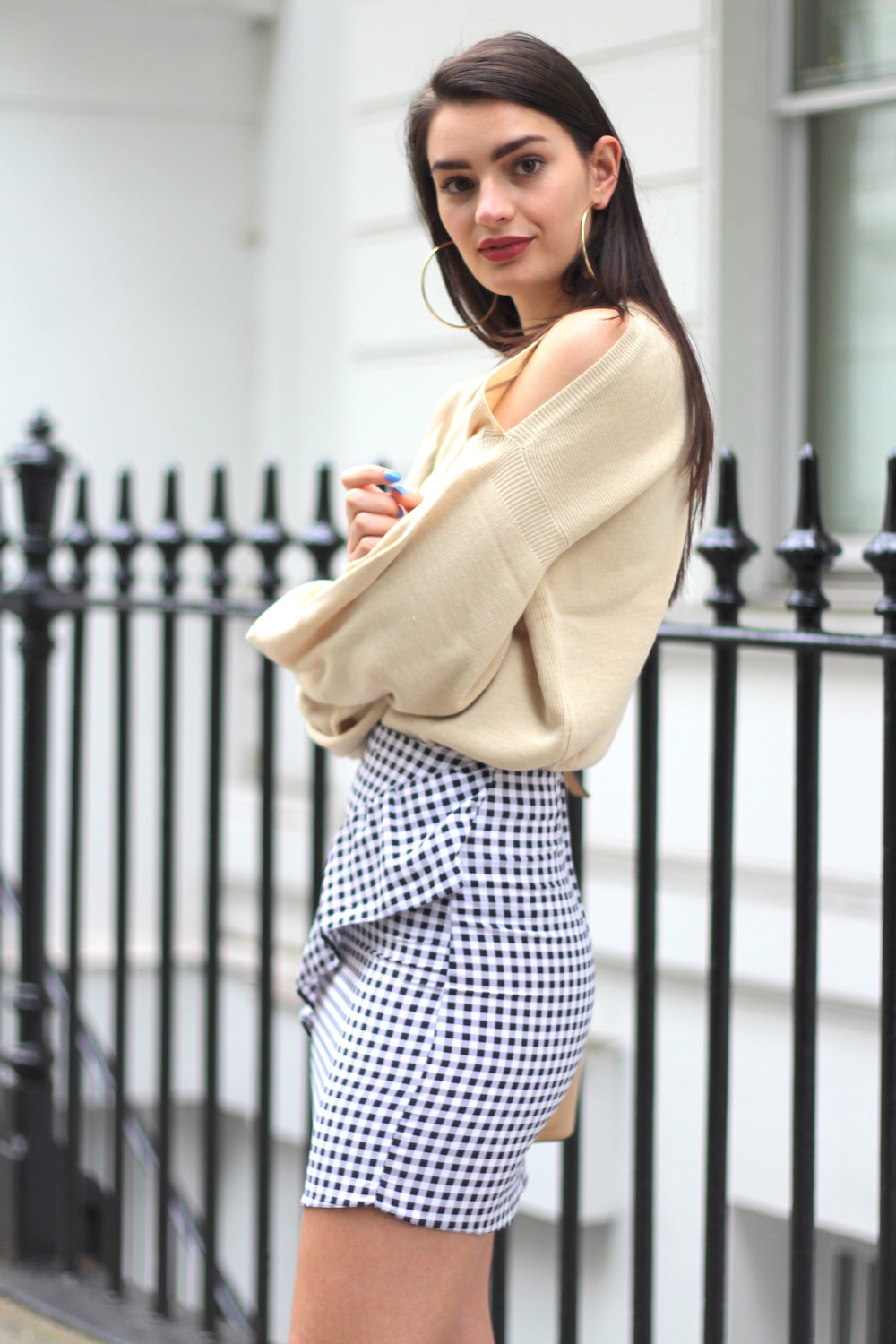 cold shoulder jumper missguided peexo london style blogger